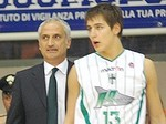 In primo piano i due MVP della gara : Evans e Blair (foto sports.yahoo.com)